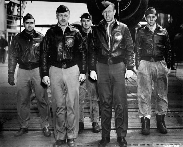 Crew 8 of the Doolittle Mission April 1942 worldwartwo.filminspector.com