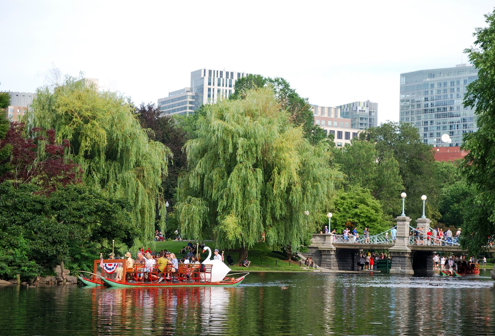 swan boat boston public garden itinerary plan guide tourism usa america park east coast
