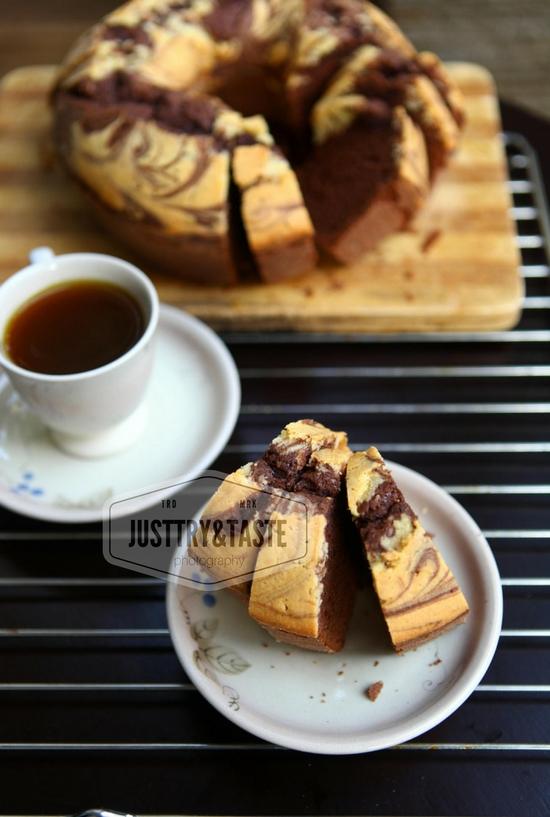 Resep Marmer Cake Lembut Dan Berminyak : resep, marmer, lembut, berminyak, Resep, Pound, Coklat, Marmer, Marble, Chocolate, Taste