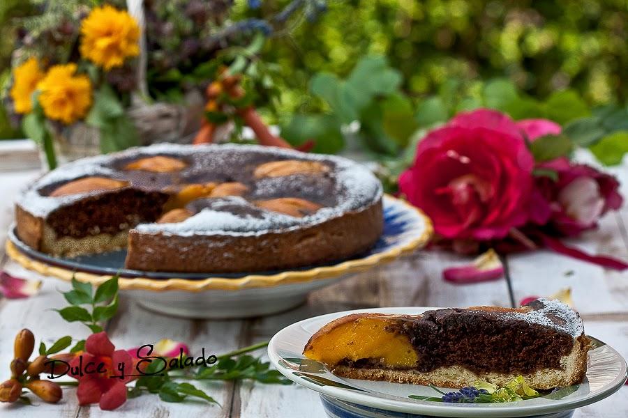 Tarta de Chocolate y Melocotón al Cardamomo