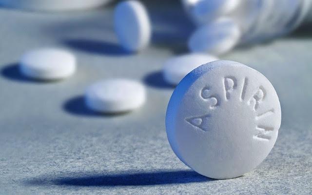 Công thức trị mụn hiệu quả với aspirin
