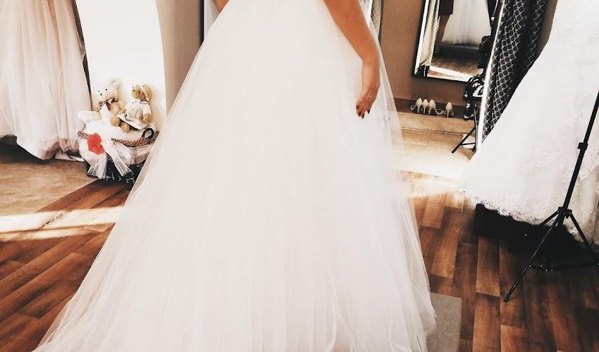 Pierwsza wizyta w salonie sukien ślubnych - jak się przygotować?