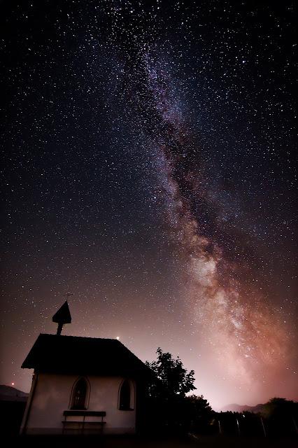 أجمل خلفيات النجوم للأيفون