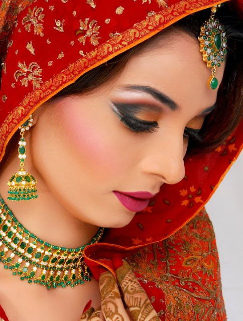 Khawar Riaz Bridal makeup Photoshoot, Services and Charges