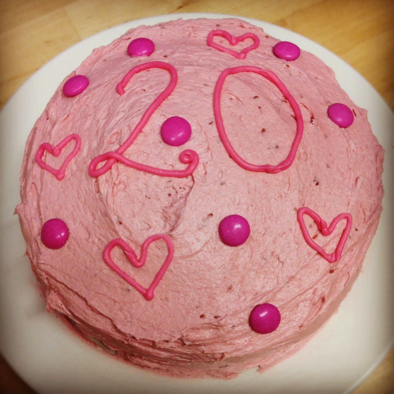 RECIPE: Pink raspberry birthday cake | Handbags and Cupcakes