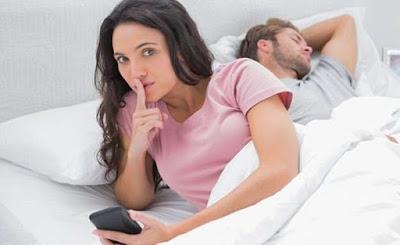 Bukan Karena Sudah Tak CInta, Inilah Alasan Seorang Istri Selingkuhi Pasangannya