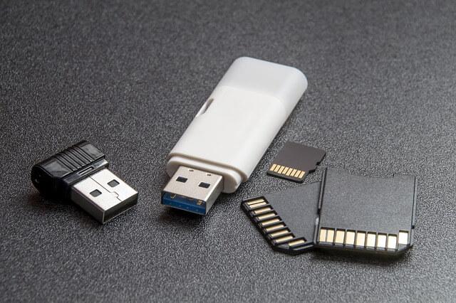 Tips menyimpan foto dan video yang aman