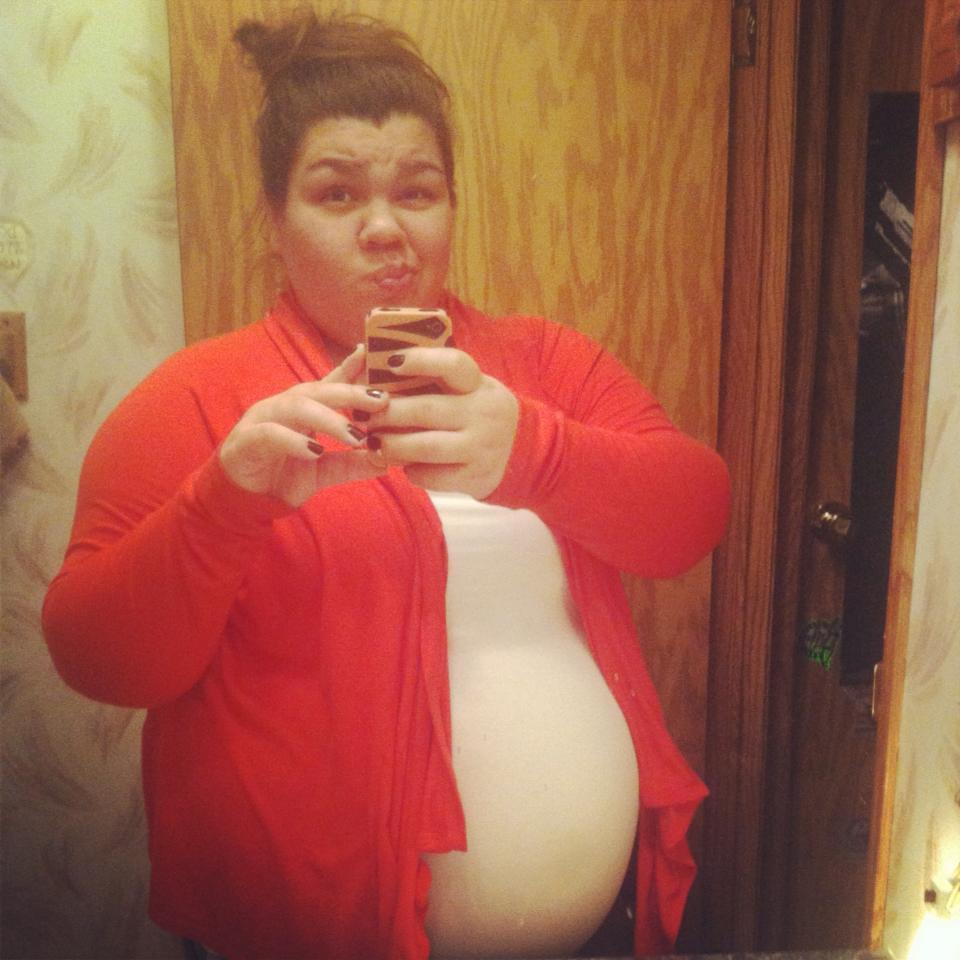 JendaLynne Photography: 35 Weeks Pregnant | 3rd Trimester
