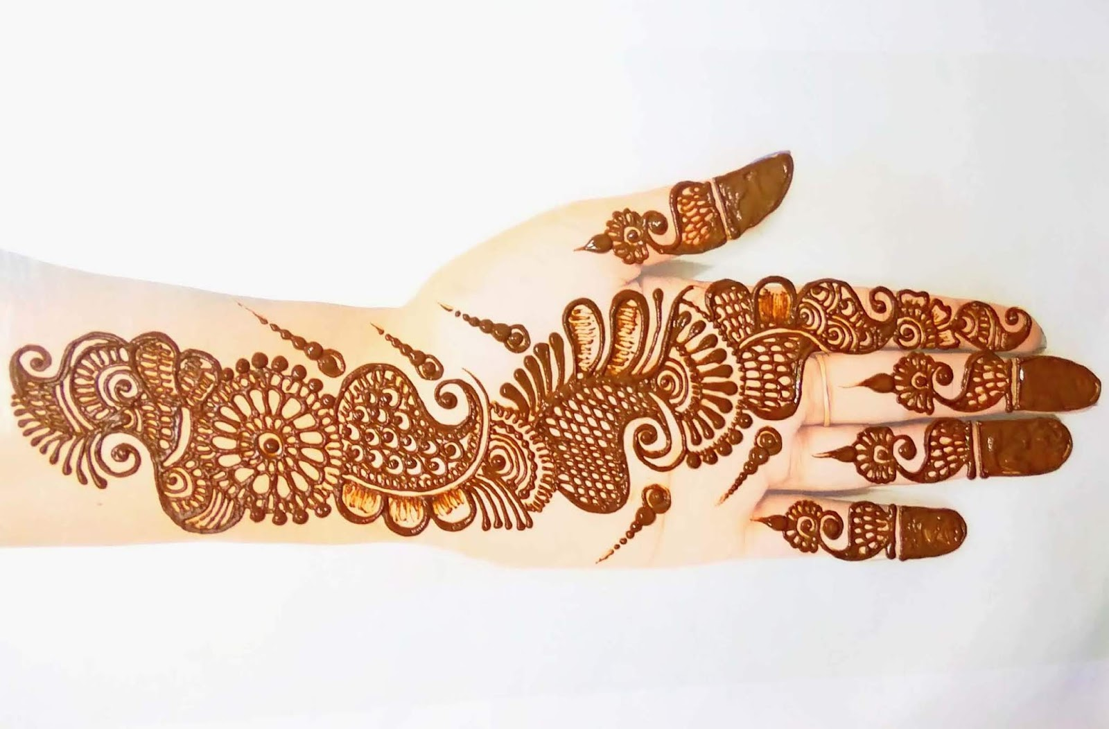 Shaded Mehndi Design