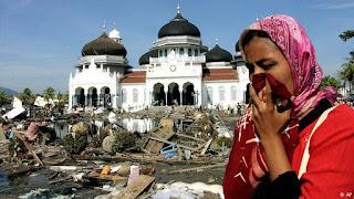 Tsunami di NAD Menghancurkan Seisi Kota