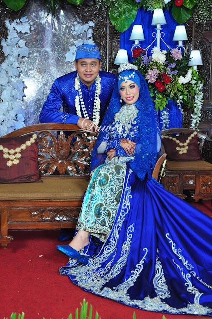 Rias Pengantin untuk resepsi pernikahan muslim hijab