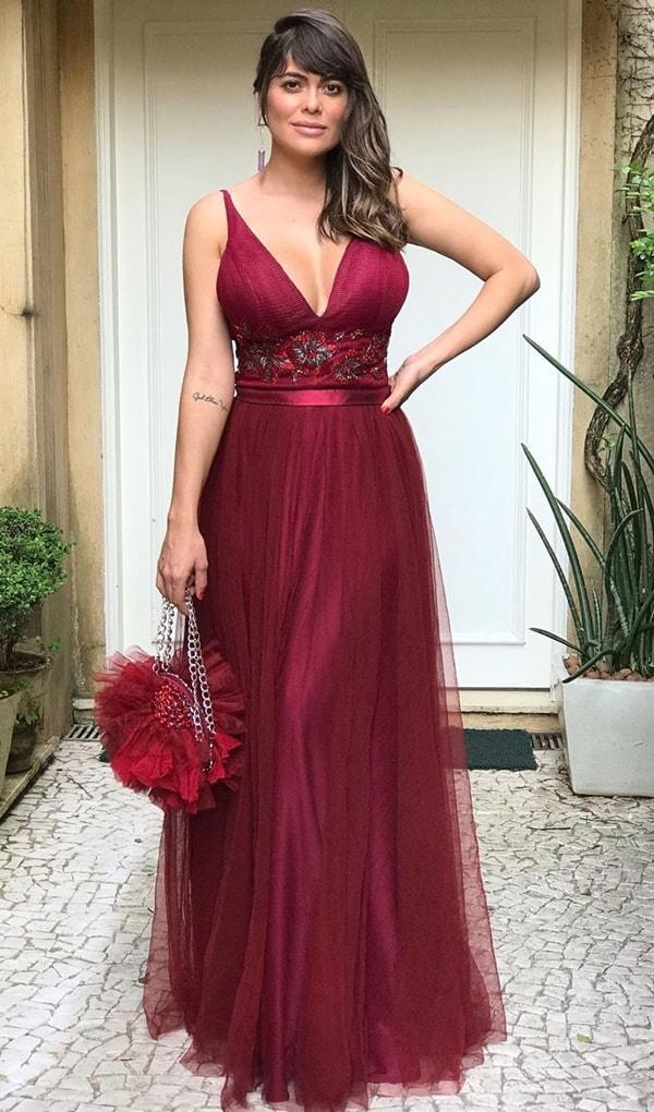 vestido longo marsala para madrinha de casamento
