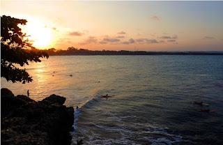 Sunset di pantai batu hiu