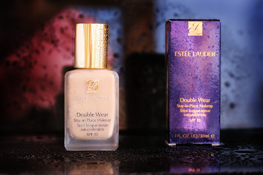 REVIEW: Estee Lauder Double Wear Stay in Place Foundation in 1W2 SAND