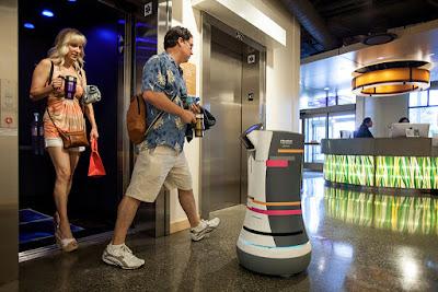 Servicios robotizados robot Butlr
