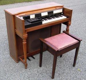 Hammond S-6 Chord Organ