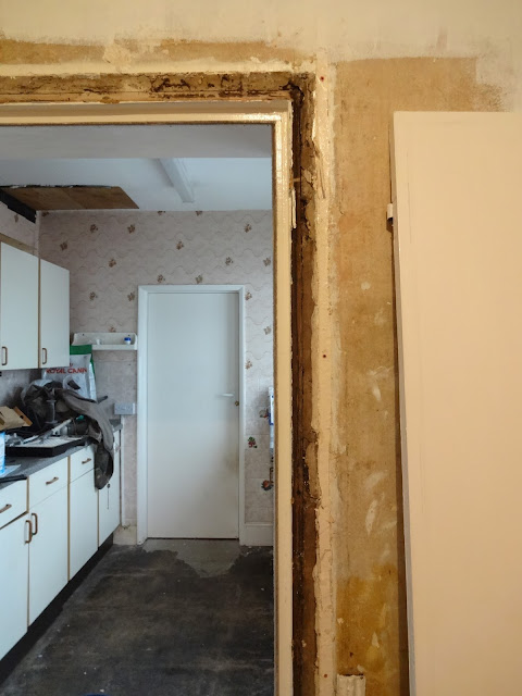 victorian architrave removal