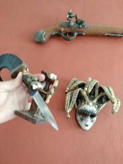 ένα μικρό αφρικάνικο ατσάλινο μαχαίρι