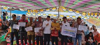 Warga Sungai Durian Dapat Bantuan Ribuan Bibit Bebek
