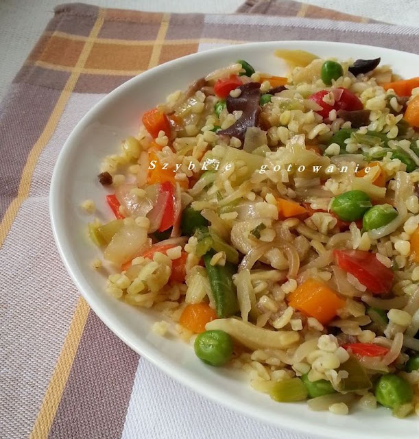 Kasza bulgur z warzywami