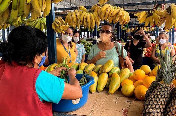 Feirantes do Cais de Santa Rita vão doar alimentos a ONGs
