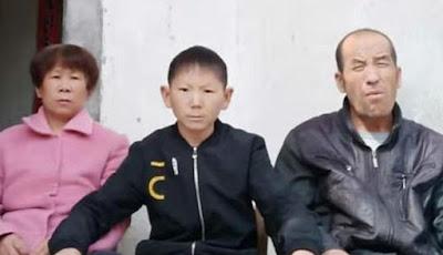 Zhu Shengkai dan kedua orang tuanya
