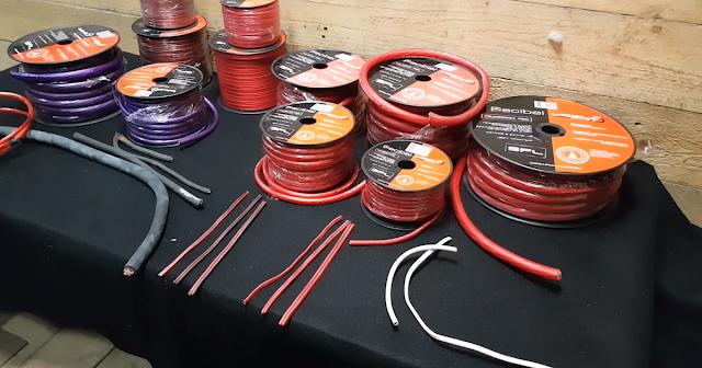 kabeli-dlya-akusticheskoj-sistemy