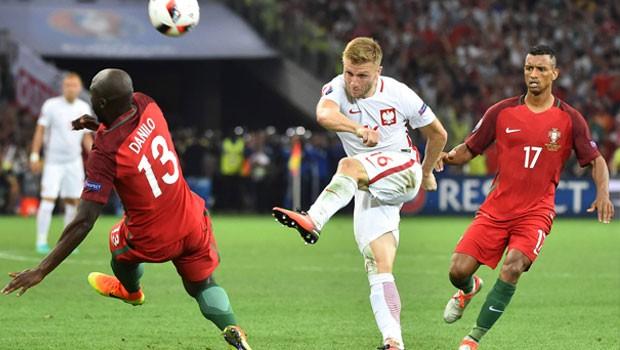 Portekiz, Polonya'yı 5-3 mağlup ederek yarı finale çıktı
