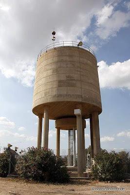 ישראל בתמונות: שוהם, מגדל מים