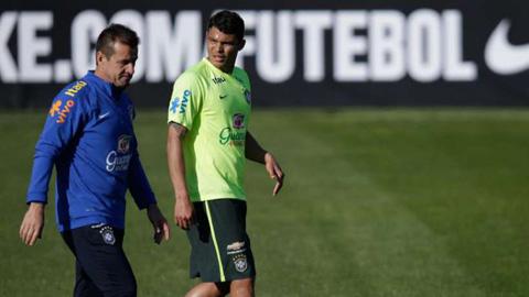 Thiago Silva không có duyên với áo xanh