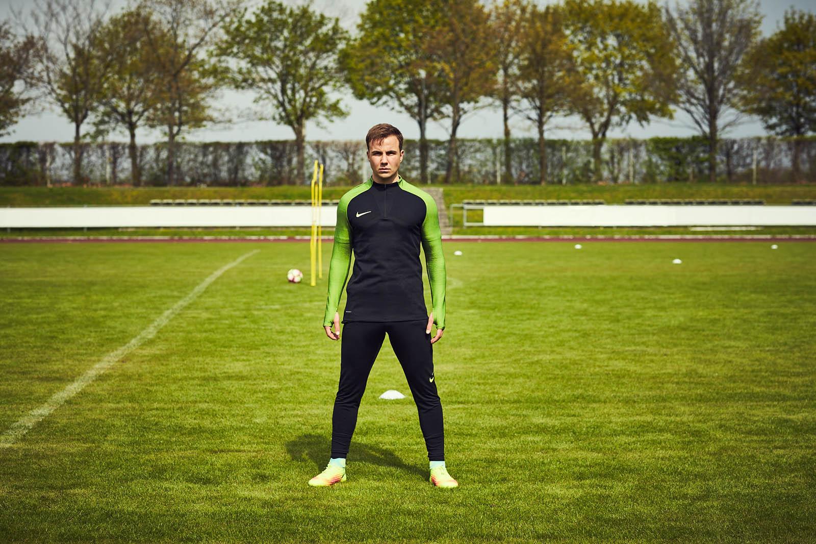 Giày bóng đá Nike Magista II