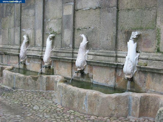 Fonte do Martinho de Castelo de Vide, Portugal (Fountain)