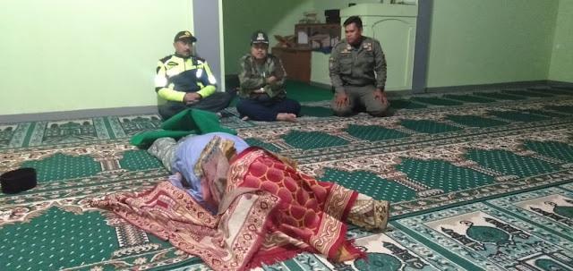 Kapak Maut Renggut Jiwa Maslikin di Masjid Sumedang