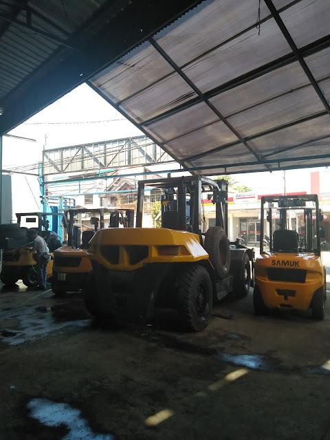 Sewa Forklift Harian / Bulanan / Kontrak Tahunan