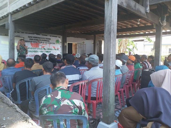 Masyarakat Antusias Mengikuti Rapat Koordinasi Bela Negara di Posko TMMD Ke-105 Kodim 1404/Pinrang