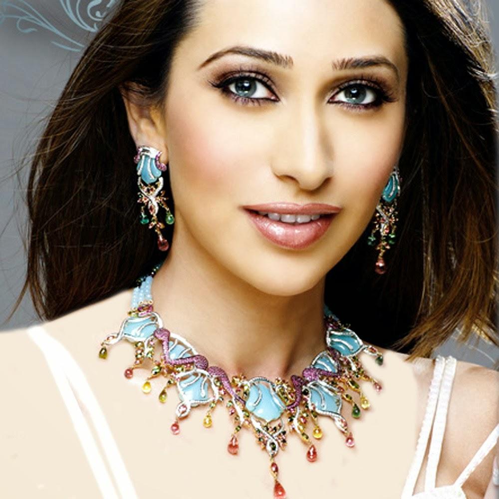 Karishma Kapoor Sexy Hd Photo