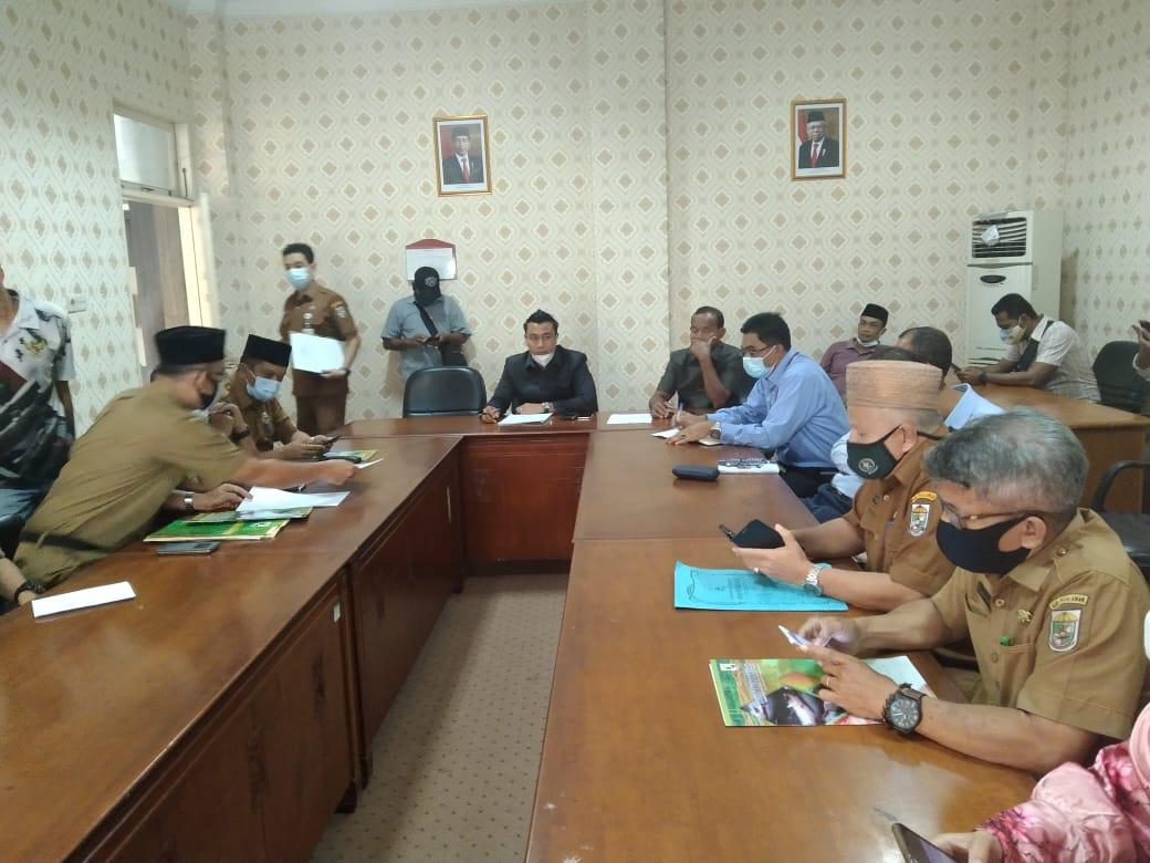 DPRD Pelalawan Kecewa DLHK Provinsi Riau Belum Bisa Mengumumkan Hasil Uji Laboratorium Sampel Air Yang Mencemari Sungai Kampar