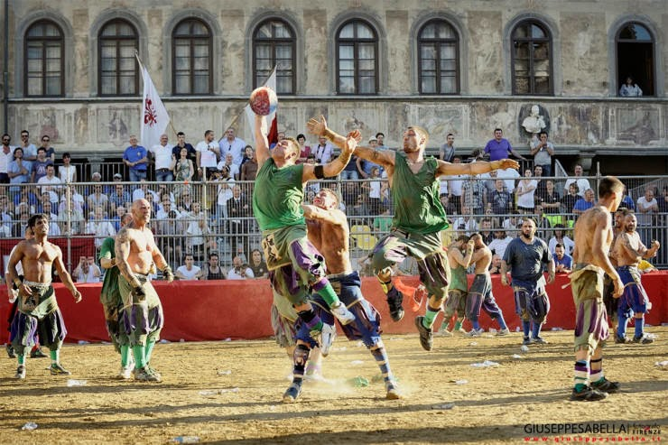 12. Calcio Storico Fiorentino, Florence, Italy - 29 Colorful Festivals and Celebrations Around the World