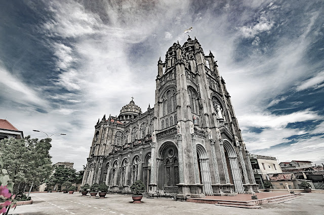 Nhà thờ giáo xứ Thánh Danh