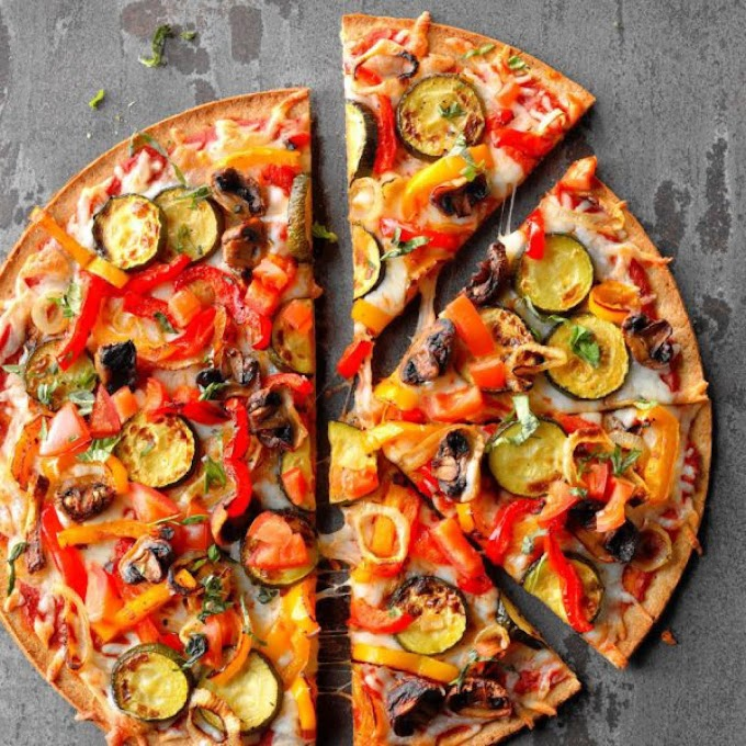 Vegan pizza recipe no cheese | Vegfoodiez