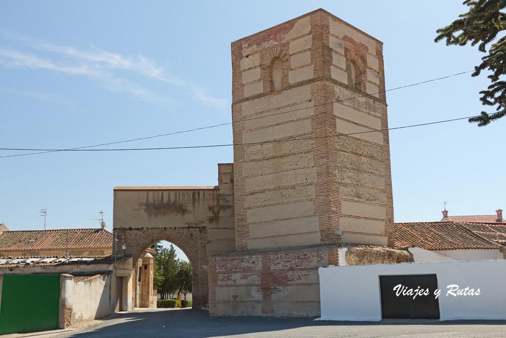 Puerta de Medina, Madrigal de las Altas Torres