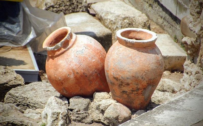Descobrindo Tesouros em Vasos de Barro