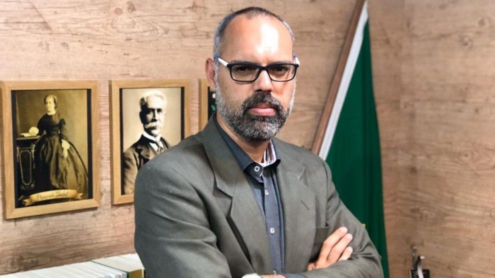 Se teme en Brasil persecución y vulneraciones a la libertad de expresión con el caso Dos Santos / RRSS