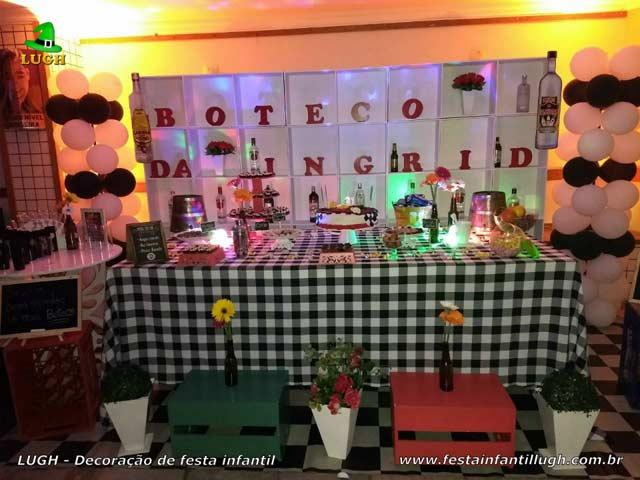 Decoração provençal para festa de aniversário feminino com o tema do Boteco