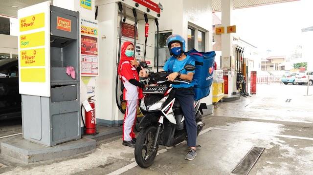 Lazada Logistics Bekerja Sama dengan Shell Indonesia Bantu Mobilitas Mitra Kurir Secara Lebih Aman dan Andal