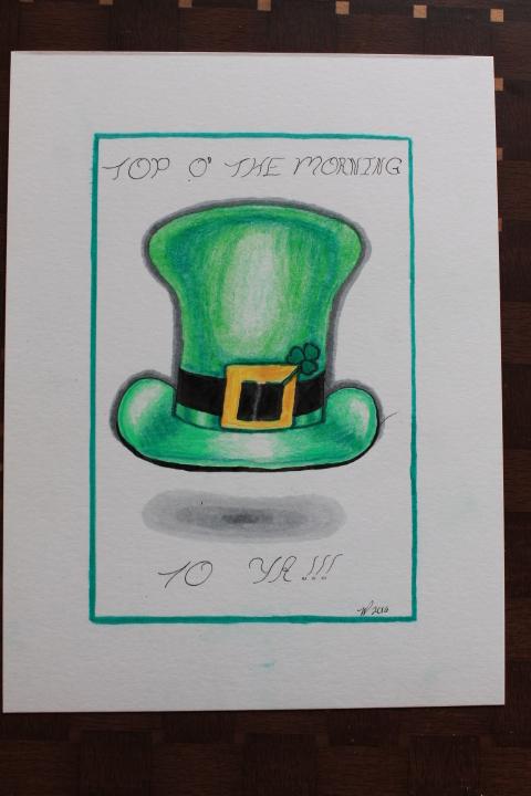 Drawing: leprechaun hat with shamrock