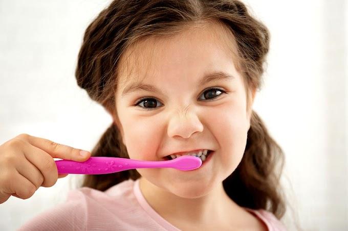 RIESGO DE CARIES: Niños con necesidades de cuidados de salud bucal especiales