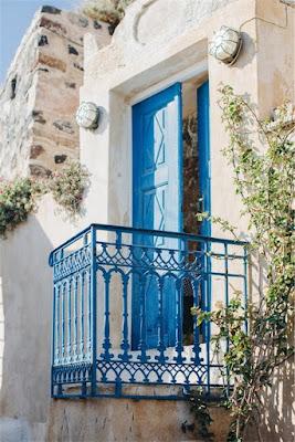 boda en Santorini con sencillo glamour chicanddeco