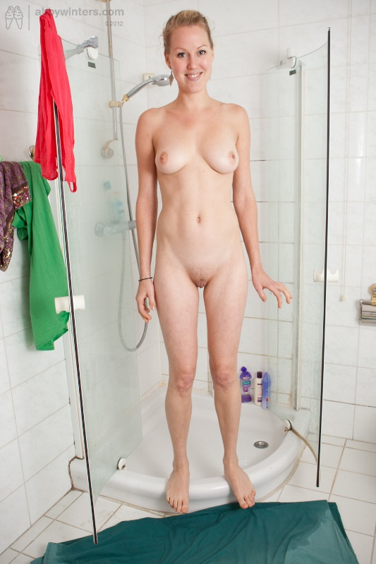 https://awinters.xxx/shoots/solo/Misha_Shower/index.html