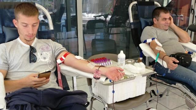 Για οργάνωση αιμοδοσιών καλεί το υπουργείο Υγείας Περιφέρειες και Δήμους